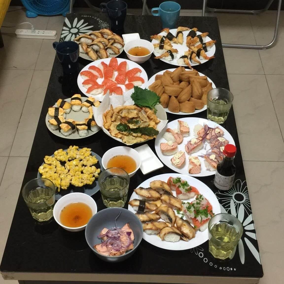 中国の友人と楽しんだ寿司パーティー