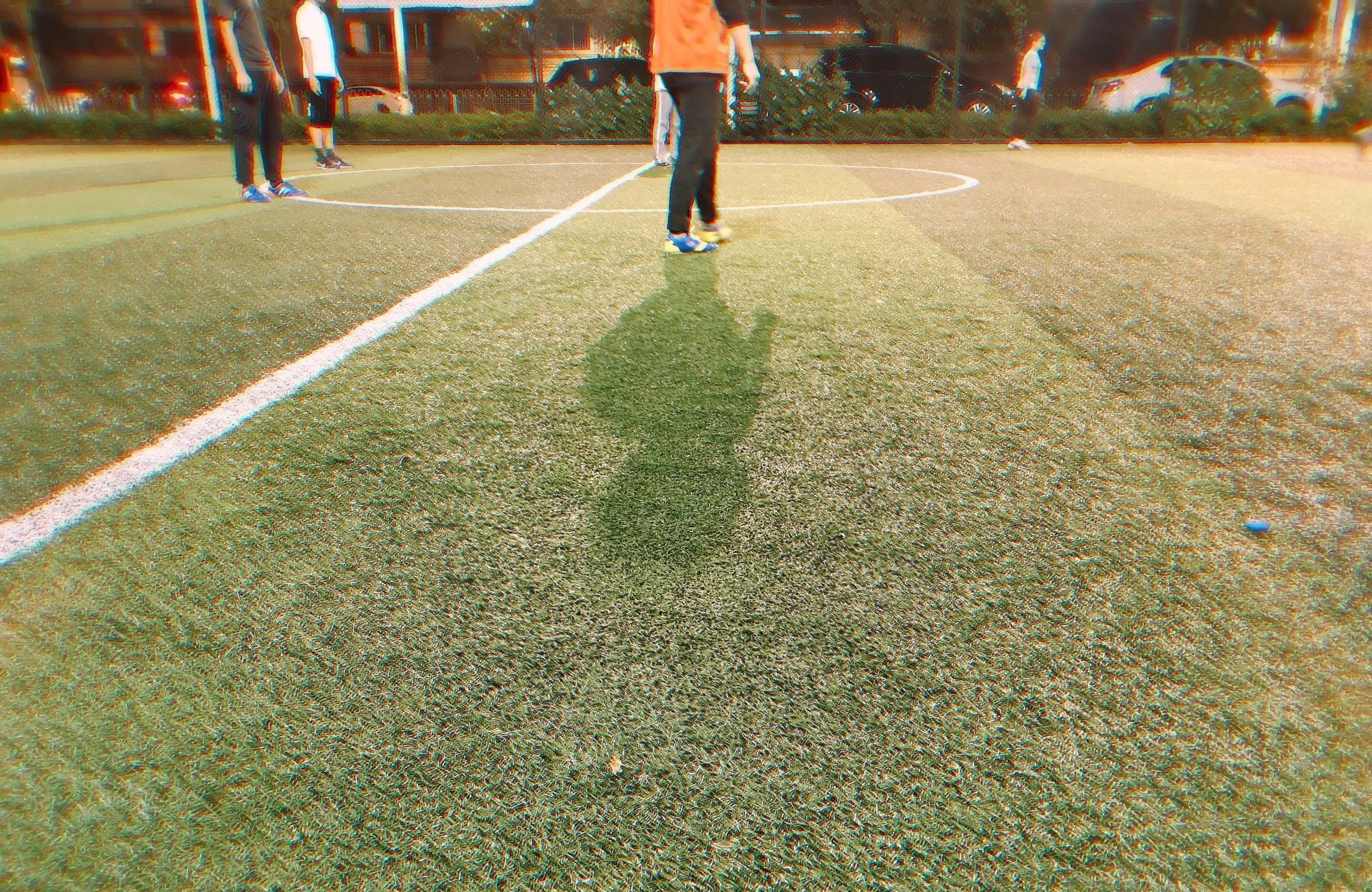中国でサッカーしている様子